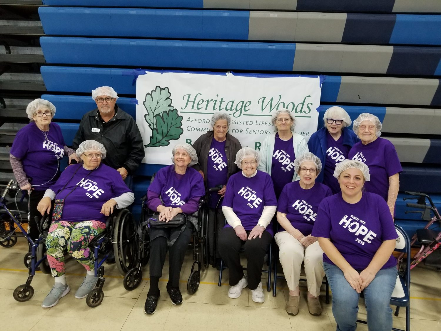 Volunteering Gives Heritage Woods Residents Purpose