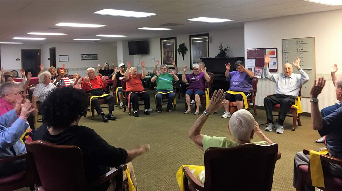 Heritage Woods Hosts Senior Yoga Class