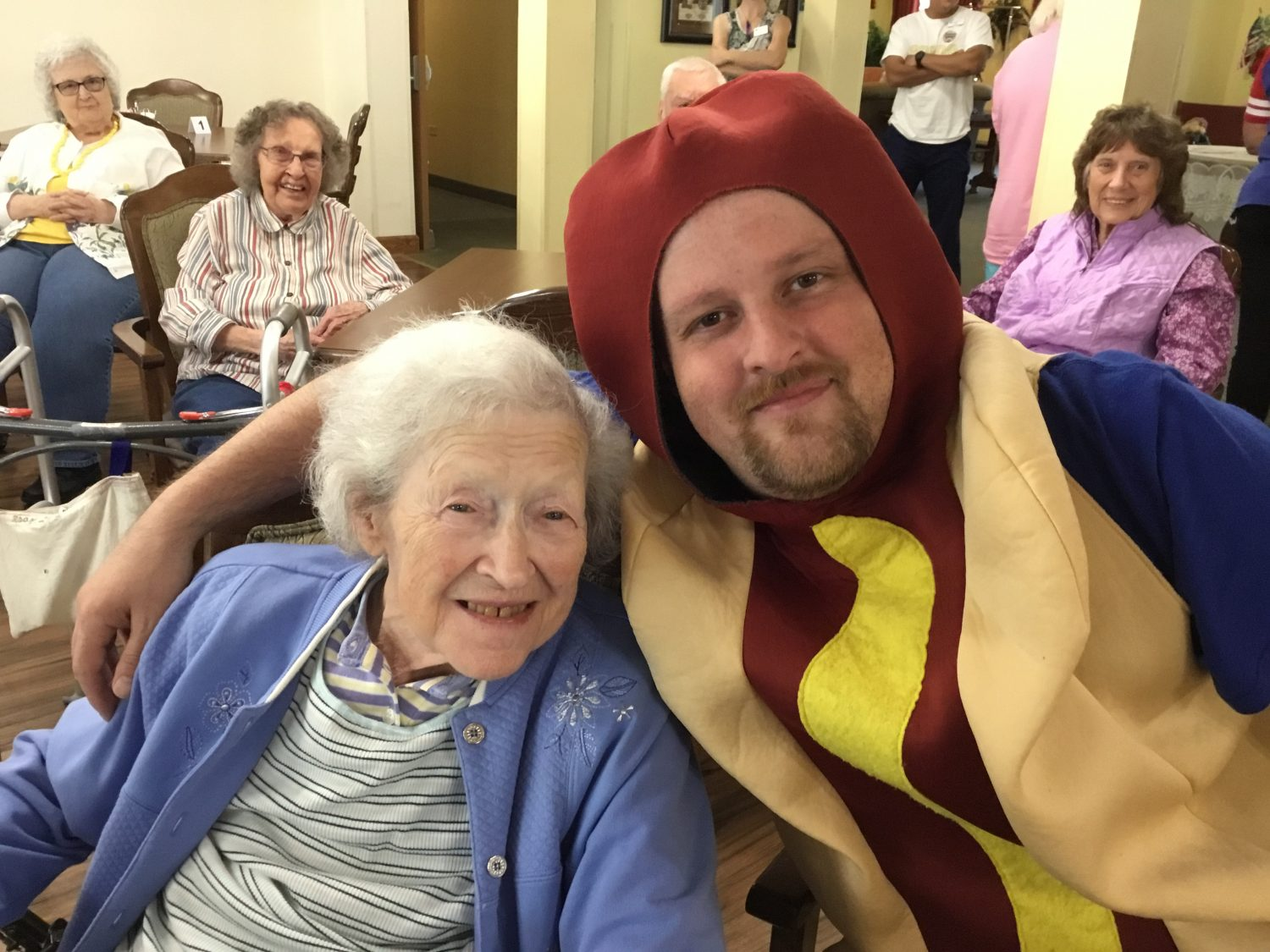 Hot Dog Day Comes to Heritage Woods