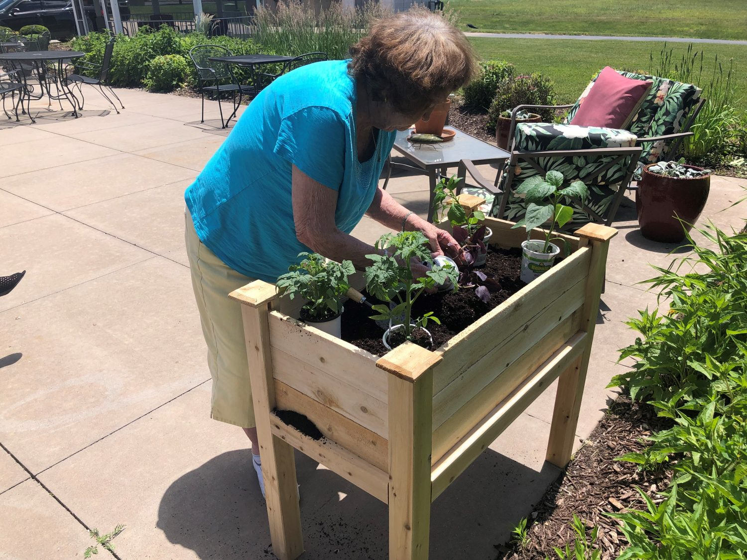 John Evans Residents Begin Work on New Raised Garden