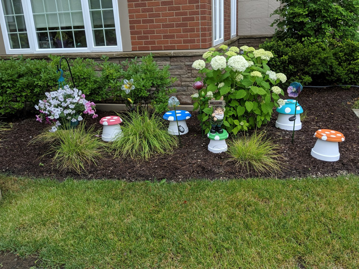 Residents Put Their Stamp on Beautification Project